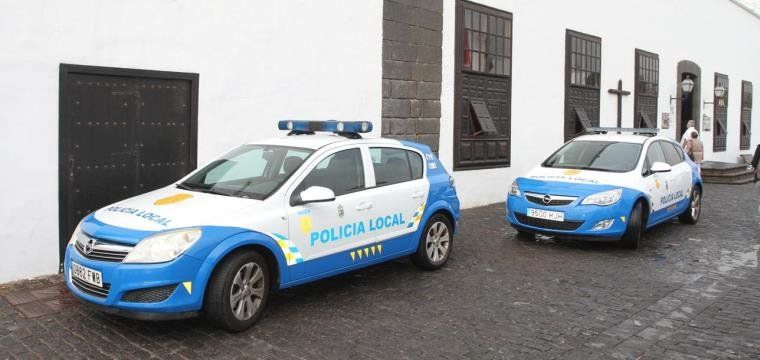 COCHES POLICIA LOCAL TEGUISE