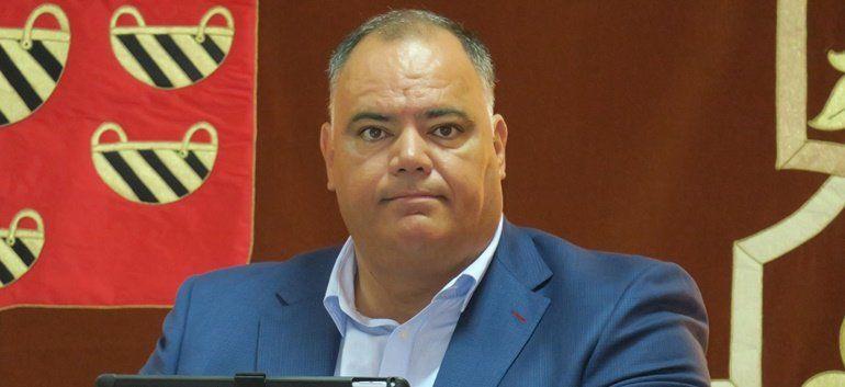 Resultado de imagen de Dimite el vicepresidente del Cabildo de Lanzarote