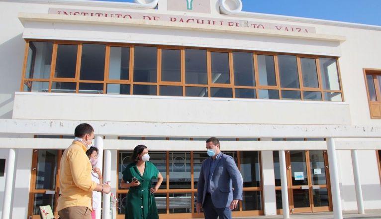 Visita de Óscar Noda al IES Yaiza